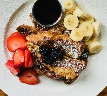 French toast and fresh fruit